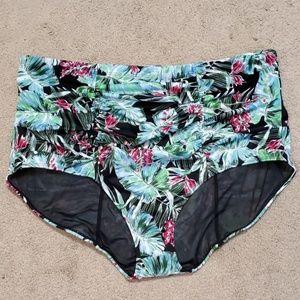 NWOT torrid high-waisted bikini bottom size 3
